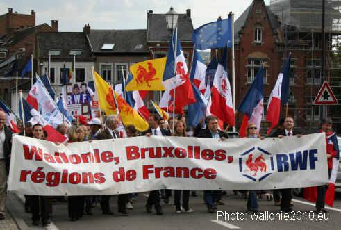 Marche pour la Belgique ce jeudi 11 novembre ! Namur10Pont1JPG
